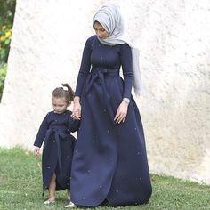 Islamic Fashion, Muslim Fashion, Modest Fashion, Hijab Fashion, Girl Fashion, Mother Daughter Dresses Matching, Mother Daughter Fashion, Mother Daughters, Moslem