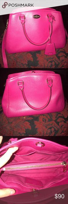 ✨1 HOUR SALE✨COACH FUSCHIA HOT PINK BAG  great condition Coach Bags