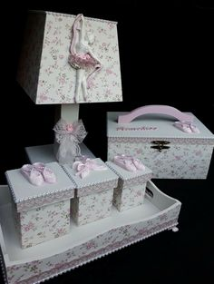 Kit Bebe, Baby Kit, Chocolate Decorations, Crafts To Do, Painting On Wood, Baby Room, Baby Shower Gifts, I Am Awesome, Decorative Boxes