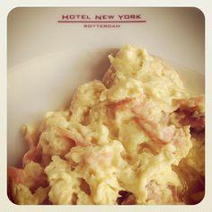 Hotel New York #Rotterdam #scrambled #eggs # breakfast Photo: @dennis_marcus