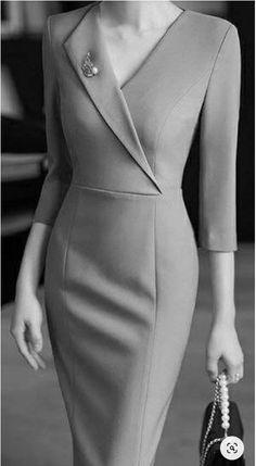 Elegant Dresses For Women, Beautiful Dresses, Dresses For Work, Mode Outfits, Dress Outfits, Fashion Dresses, Ankara Fashion, Classy Work Outfits, Classy Dress