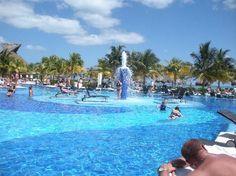 BlueBay Grand Esmeralda, Playa del Carmen, all inclusive, all fun.