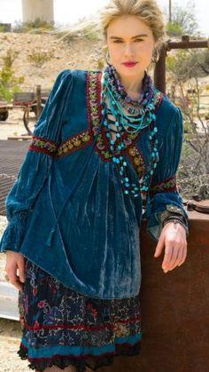 Boho Style Outfit - - Bohemian fashion, boho chic style Source by arianrhodisland Ethno Style, Gypsy Style, Boho Gypsy, Bohemian Style, Bohemian Clothing, Hippie Style, Hippie Boho, Boho Chic, Boho Fashion