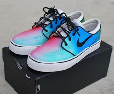 These Custom Nike Zoom Stefan Janoski skate shoes features my hand painted Tie Dye design. The colors on these shoes were carefully painted, meaning I can customized the colors to meet your favorite c