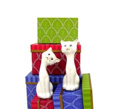 Vintage White Cats Salt and Pepper Shakers Mid by OceansideCastle, $16.99