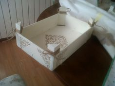 caja de frutas Decoupage, Dyi, Upcycle, Diy And Crafts, Ikea, Recycling, Projects To Try, Shabby Chic, Scrap