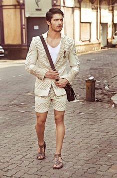 Suit Fashion, Boy Fashion, Mens Fashion, Barefoot Men, Casual Wear For Men, Male Fashion Trends, Male Feet, Mens Essentials, Bermudas
