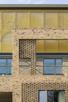 Abode, Great Kneighton - Proctor and Matthews - Broken brick patterns Mixed Use Development, Brick Facade, Brick Patterns, Brickwork, Architecture Details, Surface Design, Cambridge, Exterior, Building