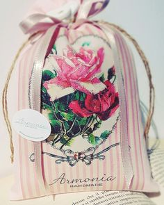 Sacchettino personalizzabile. https://m.facebook.com/Armonia-Handmade-1627045637559593/?ref=bookmarks