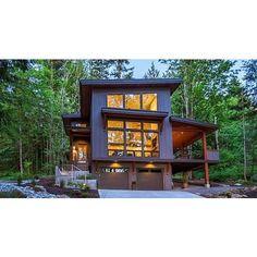 Basement House Plans, Lake House Plans, Mountain House Plans, House Plans For Sale, Tiny Houses For Sale, Cabin Design, Tiny House Design, Modern House Design, House Roof Design