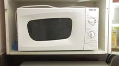 Imagen titulada Clean a Microwave Step 2 preview