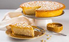 Η παραδοσιακή ιταλική torta di nonna - Newsbeast Sweet Memories, Sweet Life, Apple Pie, Tiramisu, Camembert Cheese, Biscuits, French Toast, Cheesecake, Sweets