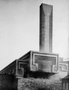 The Aztec inspired Pyrmont Incinerator, completed designed by Walter Burley Griffin. Sydney City, Interesting Buildings, Australian Homes, Historical Images, Willis Tower, Vintage Photography, Old World, Skyscraper, Art Deco