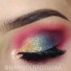 Makeup Eye Looks, Smokey Eye Makeup, Eyeshadow Looks, Eyeshadow Makeup, Face Makeup, Dark Eyeshadow, Mermaid Eye Makeup, Mermaid Eyes, Butterfly Makeup