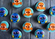 Nemo and Dory cupcakes #pixar #disney #windycitydinnerfairy