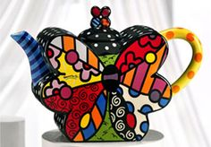 we feature ceramic products by Romero Britto