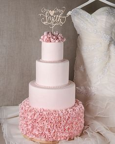 Summer weddings and cakes need to be carefully considered when it concerns where the cake must be put in the reception area. Keep out of the direct sunlight, heat and wedding cakes not a match made in heaven. Keep covered in case of flies. Beautiful Wedding Cakes, Beautiful Cakes, Nake Cake, Rustic Wedding, Wedding Day, Cake Wedding, Wedding Venues, Buckwheat Cake, Wooden Cake Toppers