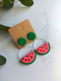 Watermelon Polymer Clay Hoop Earrings Handmade by Katrilee Designs - Handmade DIY simple polymer clay watermelon hoop earrings. Summer earring style made fun and colour - Polymer Clay Christmas, Cute Polymer Clay, Polymer Clay Crafts, Handmade Polymer Clay, Polymer Clay Jewelry, Diy Clay Earrings, Earrings Handmade, Hoop Earrings, Biscuit