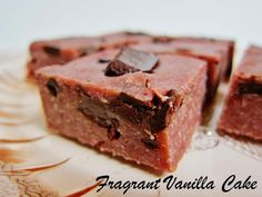 Raw Strawberry Chocolate Chunk Blondies | Fragrant Vanilla Cake