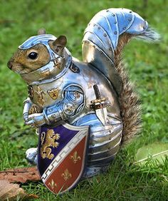 Keep your guinea pig protected with a rodent-sized suit of armor #toomuchtimeonyourhands?