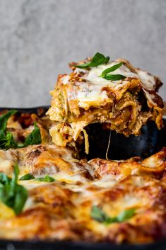 Vegetarian lasagna layered with creamy ricotta, aromatic tomato and vegetable sauce and mozzarella cheese is the perfect meat free dinner recipe. Vegetarian Lasagna Recipe, Vegetarian Recipes Dinner, Dinner Recipes, Veggie Lasagna, Chickpea Recipes, Vegetable Recipes, Tortellini Recipes, Yummy Pasta Recipes, Yummy Food