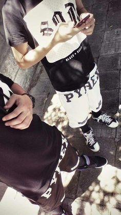 Pyrex black and white #street