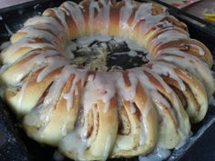 Swedish Tea Ring – the dutch baker Swedish Pastry Recipe, Swedish Tea Ring Recipe, Swedish Recipes, Swedish Foods, Scandinavian Recipes, Christmas Tea, Christmas Baking, Christmas Recipes, Breakfast Recipes