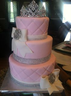 Anna Cakes Pink And White Bling Sweet 16 Www Annacakes Com