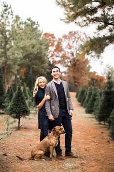 Fall Photos at Sorghum Mill Christmas Tree Farm in Edmond, Oklahoma Family Christmas Pictures, Christmas Couple, Christmas Tree Farm, Christmas Photo Cards, White Christmas, Christmas Minis, Family Pictures, Christmas Card Photo Ideas With Dog, Holiday Pictures