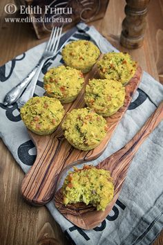 Muffins aperitiv cu quinoa