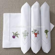 Resultado de imagem para guardanapo bordado de tecido