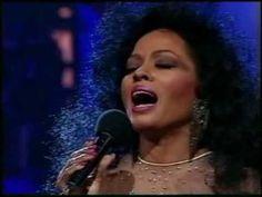 Diana Ross - When You Tell Me That You Love Me 1991 & 2004  Boiko, mili,  obi4en moi,  galia  te  v no6tta , celuvam te  i  se toplia  v pregradkite ti ,,,liubov moia, nenagleden moi, obi4am  te , krasivia mi