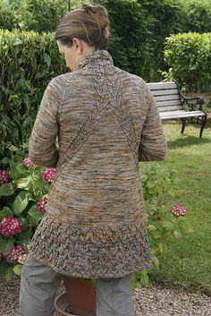 Ravelry: Frühlings Rosina Jacke Test Strick/testknit pattern by FadenStille #freepattern