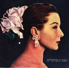1956 - Givenchy hair accessories