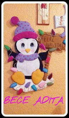 Penguin Craft, Navidad Diy, Ideas Para, Felt, Christmas Ornaments, Halloween, Holiday Decor, Pink, Handmade