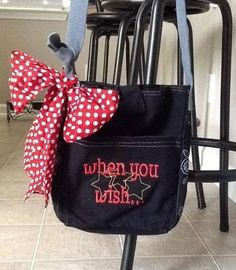 Order a personalized bag for your Disney trip! www.mythirtyone.com/228195