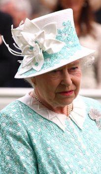 2009-06-18 Ascot....Queen Elizabeth. Love this picture for Queen Elizabeth II.