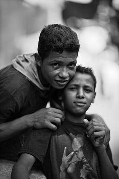 #RodAkelPhoto 13. Cairo 2011 القاهرة، الغورية Canon 1Ds Mark II Canon 85mm f/1.2 1/2500 #FacesBeyondLife #برشام