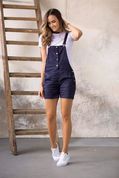 Overol Corto Azul Fashion Walk, Girl Fashion, Fashion Outfits, Womens Fashion, Short Outfits, Kids Outfits, Summer Outfits, Casual Wear, Casual Outfits