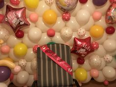 Balloon Ideas, Baby Shower Balloons, Cake, Food, Mudpie, Meals, Yemek, Cheeseburger Paradise Pie, Cakes