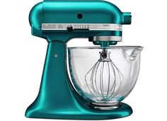 An industry stalwart, the KitchenAid 5-quart stand mixer is on the wish list of many, if not all, home cooks.