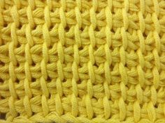 Tunisian Crochet - Half knitting stitch (IN GERMAN - If you are familiar with Tunisian Crochet you can watch this video to learn this stitch... The video is very good... Deb)