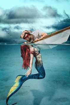Wonderful World of Fantasy added a new photo. Real Mermaids, Mermaids And Mermen, Mythical Creatures, Sea Creatures, Wal Art, Mermaid Fairy, Mermaid Man, Merfolk, Belle Photo