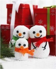 FREE e-Book: 18 Homemade Christmas Decorations