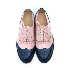 Aliexpress.com のtang Fashion shoes から英国スタイル手作りピンクブルー色ブローグ靴大きいサイズレディース本革オックスフォード送料無料に関する女性の フラッツ、ハイクオリティ靴のwholsale、中国 靴虎 サプライヤ、 安い靴やハンドバッグに一致を検索します