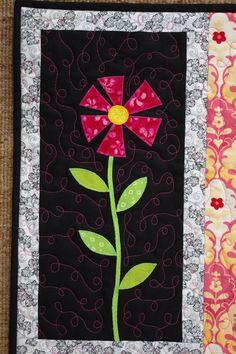 2012 Flower Art Quilt Wall Hanging black pink by MoranArtandQuilts Paper Piecing, Sunflower Template, Rag Quilt, Quilt Blocks, Traditional Quilts, Quilted Wall Hangings, Applique Quilts, Flower Shape, Fabric Art