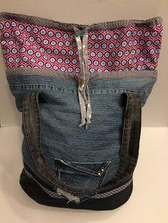 """Juhuuuu, sie ist fertig meine """"Packs ein"""". Wie das letzte Jahr auch, ist der große Bestandteil meiner """"Packs ein"""" aus alten Jeans.   Und so ..."""