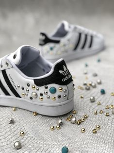separation shoes 08b84 741db ADIDAS SUPERSTAR METAL PEARLS  muffinshop  customsneakers