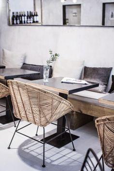 my scandinavian home: Cool restaurant design; Muy Mío chairs and couch Cool Restaurant Design, Deco Restaurant, Luxury Restaurant, Restaurant Concept, Restaurant Tables, Design Café, Cafe Design, House Design, Design Ideas