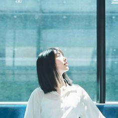 Aesthetic Japan, Aesthetic People, Aesthetic Photo, Best Portraits, Creative Portraits, Cinematic Photography, Film Photography, Female Poses, Female Portrait